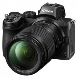 Nikon Z5 + Z24-200 mm...